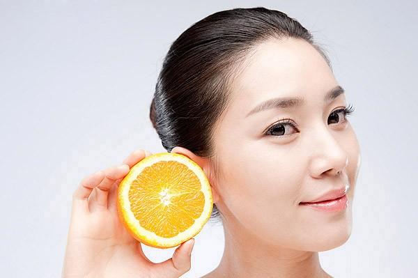 Trắng da toàn thân với cam
