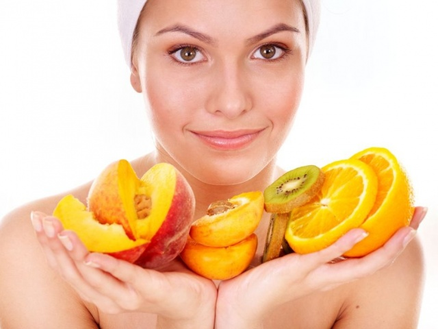 cách sử dụng Vitamin C làm đẹp da