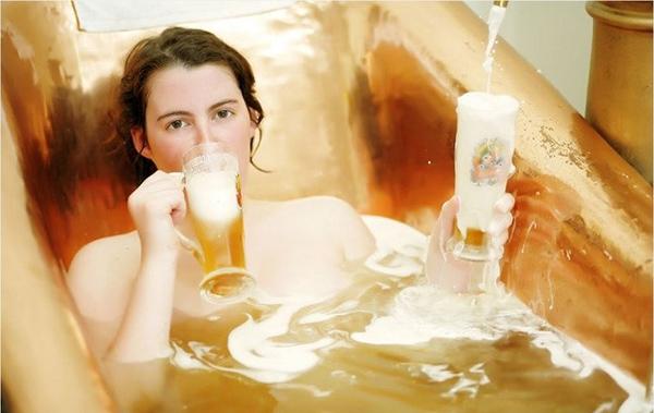cách tắm trắng hiệu quả với bia và sữa tươi