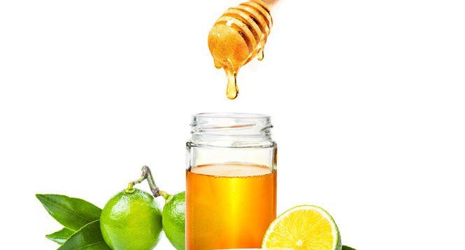 nên uống nước chanh và mật ong mỗi sáng